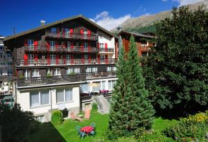 Photo of Hotel Alphubel