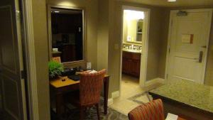 One Bedroom Suite with Full Kitchen