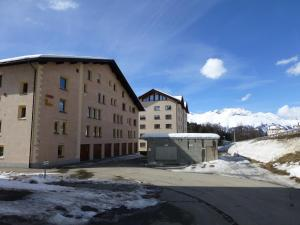 Chesa La Furia, Apartments  Pontresina - big - 21