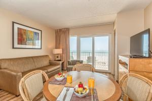 King Oceanfront Efficiency Suite