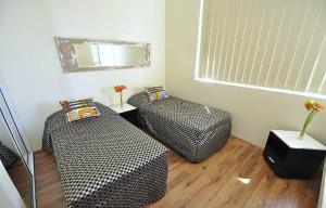 Photo of Camperdown Self Contained Modern Two Bedroom Apartment (205 Mis)