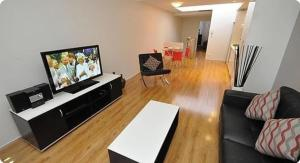 Photo of Ultimo Modern Self Contained One Bedroom Apartment (817 Har)