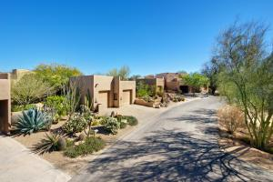 The Boulders Resort & Spa, Curio Collection by Hilton, Resorts  Scottsdale - big - 2