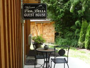 Photo of Casa Bella Guesthouse On Sechelt Inlet