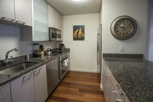 Photo of Canal Street Apartment By Stay Alfred