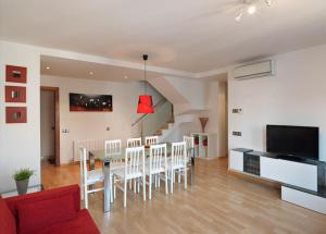 Photo of Sealand Sitges Apartments
