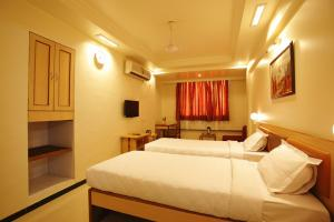 Photo of Hotel Suyash Deluxe