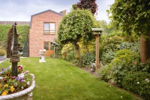B&B Ter Vesten, Bed and Breakfasts  Ypres - big - 32