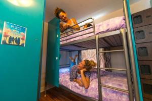 Bunk Bed in 4-Bed Female Dormitory Room - Shared Bathroom