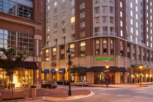 Photo of Courtyard By Marriott Baltimore Downtown/Inner Harbor