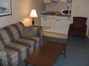 Suite with Two Double Beds - Smoking