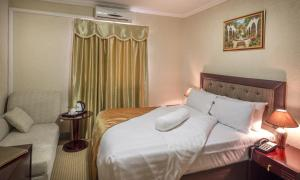 Solace Guesthouse & Spa room photos