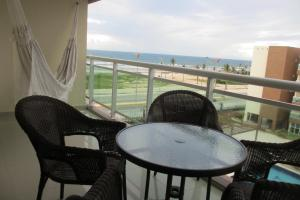 Two-Bedroom Apartment with Sea View (513)