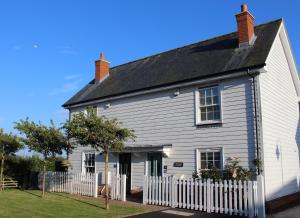 Saltmarsh Cottage in Camber, East Sussex, England