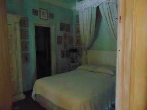 Photo of 2 Bedroom Apartment In Historic Casco Vierjo, Panama