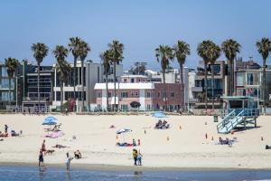 Photo of Venice On The Beach Hotel
