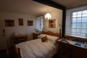 Mole Cottage B&B in Chittlehamholt, Devon, England