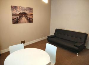 Photo of 16 Rc Dunfermline Apartment