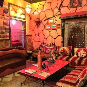 Hostel Riad Marrakech Rouge - 2 of 23