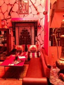 Hostel Riad Marrakech Rouge - 16 of 23