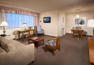 Plaza Suite with One King Bed