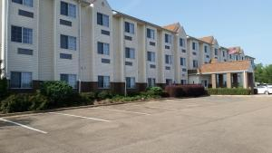 Photo of Microtel Inn & Suites By Wyndham Starkville