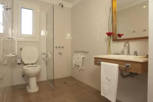 Double Room with Wheelchair accessible