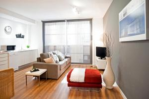 One-Bedroom Apartment with Terrace (4 Adults) - Bilbao 11
