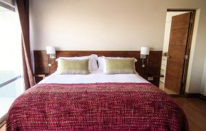 Superior double room with extra large bed with balcony