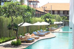 Photo of Ossotel Legian