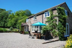 Wood Cottage Bed & Breakfast in Bridgnorth, Shropshire, England
