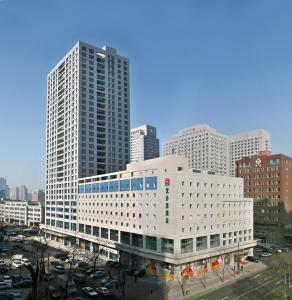 Photo of Hotel Ibis Dalian Zhongshan Square