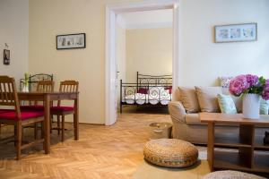Heart of Budapest Apartment