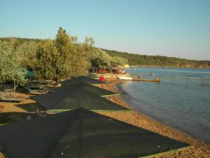 Ada Camp Hotel Beach, Кемпинги  Айвалик - big - 37