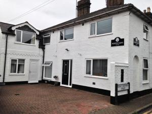 White Lion Guest House in Huntingdon, Cambridgeshire, England