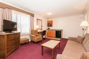 Howard Johnson Hotel & Suites Victoria, Hotels  Victoria - big - 29
