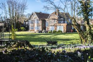 Picture of Findon Manor Hotel