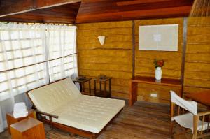 Chalet with Hot Tub, Sauna and Private Pool