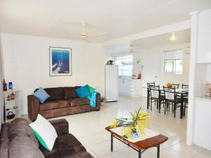 Photo of Lucinda Holiday Rental Apartments