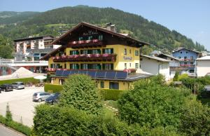 Photo of Hotel Pension Hubertus