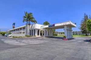 Photo of Motel 6 Claremont