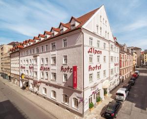 Photo of Alpen Hotel München