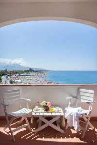 Grand Hotel De Rose, Hotels  Scalea - big - 17
