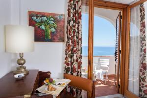 Grand Hotel De Rose, Hotels  Scalea - big - 22