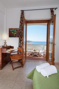 Grand Hotel De Rose, Hotels  Scalea - big - 26
