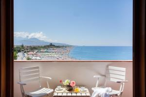 Grand Hotel De Rose, Hotels  Scalea - big - 11