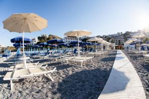 Grand Hotel De Rose, Hotels  Scalea - big - 55