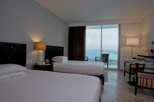 Deluxe Room with Ocean View