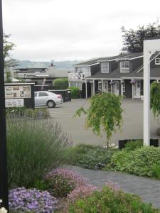 Photo of Cottage Mews Motel