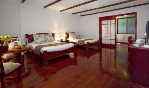 Twin Room - Casita 2 Queens